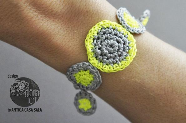 Flúor Crochet bracelet