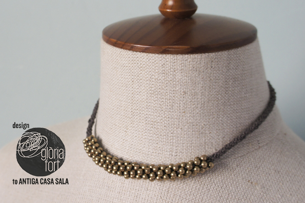 Collar Lino