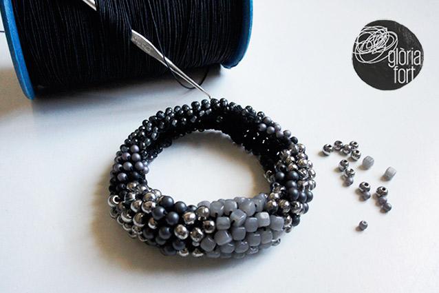 Bracelet-crochet-ELASTIC-_-Gloria-Fort